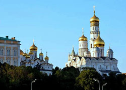 KREMLIN WITH THREE CATHEDRALS