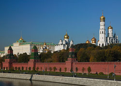 KREMLIN WITH VISITING THREECATHEDRALS